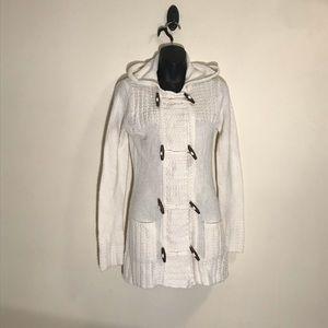 🌸3/$20 Tiara knit sweater